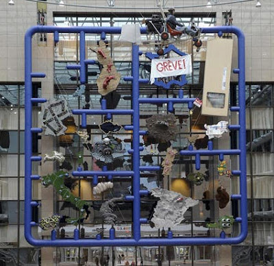 Read more about the article Entropa – Wie ein Künstler Europa in Brüssel provoziert