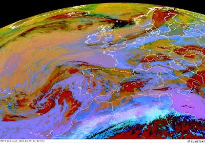 Read more about the article Eumetsat: Aktuelles Satellitenbild der Aschewolke vom Vulkanausbruch auf Island. Noch 545km bis nach Deutschland!