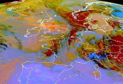 Read more about the article Aktuelles Satellitenbild zur Vulkanasche: Die Aschewolke zieht abgeschwächt die Woche über Westdeutschland