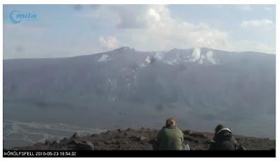 Read more about the article Keine Aschewolke mehr über Europa. Der Vulkan Eyafjallajökull auf Island hat sich schlafen gelegt