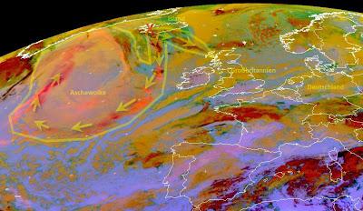 Read more about the article Aktuelles Satellitenbild vom Vulkanausbruch auf Island zeigt riesige Aschewolke über dem Atlantik