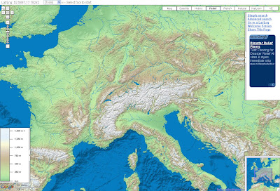 Read more about the article Shaded-Relief zeigt zwei echte Reliefkarten als Hintergrund einer Google Map Straßenkarte