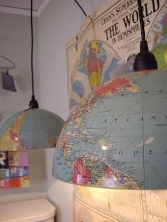 Read more about the article Kreativ! Mit alten Globen Lampen machen